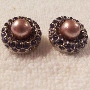 Joan River Clip On Earrings